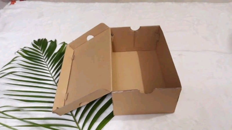 hop giay dung giay 2 - Mua hộp giấy carton đựng giày ở đâu TPHCM?